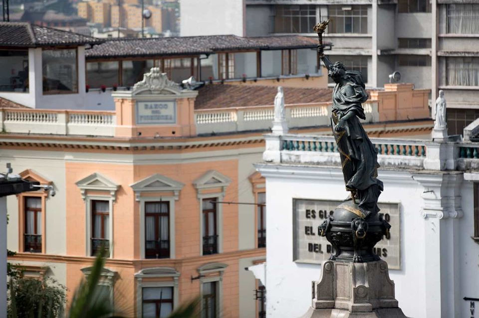 The independence monument in Quito's old town.