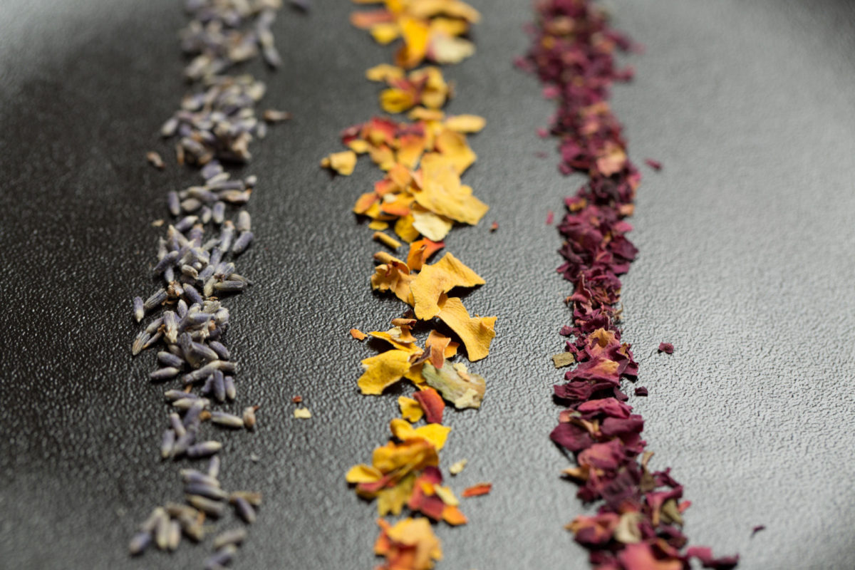 Dehydrated flowers