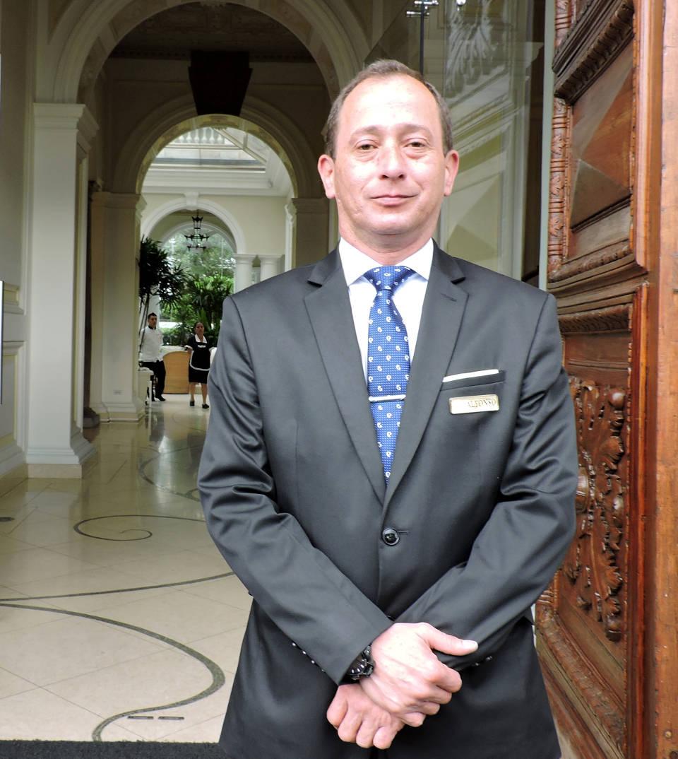 Alfonso Díaz, Casa Gangotena's concierge