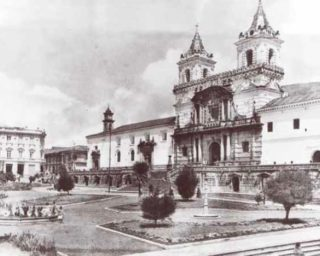 Iglesia_y_Plaza_de_San_Francisco_Quito_1920-1